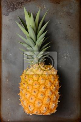 Ananas Still Life