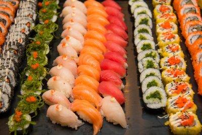 Image Assortiment de sushis japonais