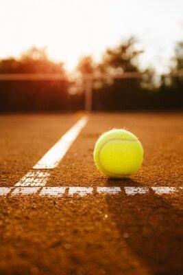 Image Balle de tennis dans la boîte de service