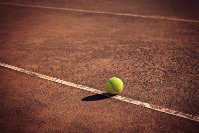 Image Balle de tennis sur la ligne