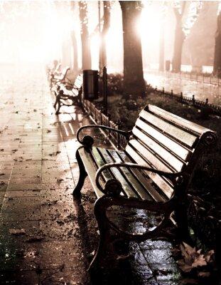 Image Banc en ruelle de nuit avec des lumières à Odessa,