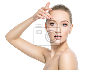 Image Beautiful face of young woman with perfect health  skin
