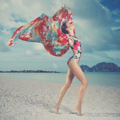 Image Belle femme sur la plage
