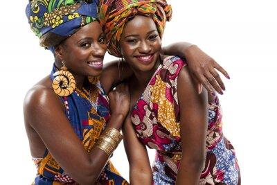 Image Belle modesl de la mode africaine en costume traditionnel.
