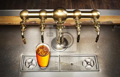 bière et robinet