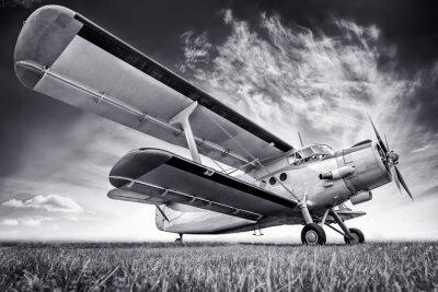 Image biplan contre un ciel