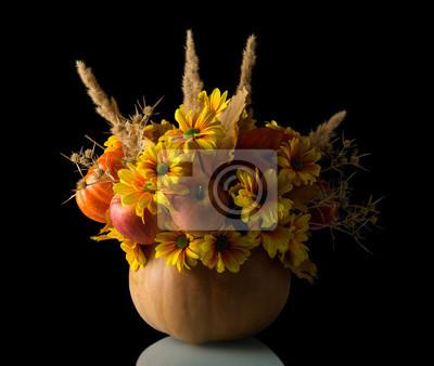 Image Bouquet Original De Pommes Et De Fleurs Dans Un Vase De Citrouille