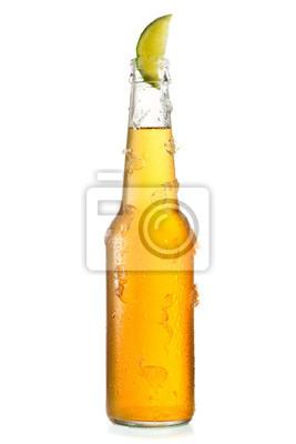 bouteille de bière fraîche avec de la chaux