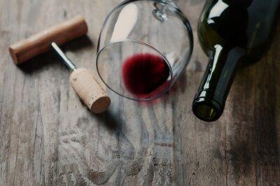 Image Bouteille de vin, le liège et le tire-bouchon