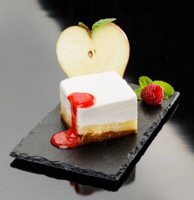 Image Cheesecake con mela e mousse di lampone