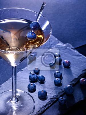 Cocktail Blueberry sur fond noir