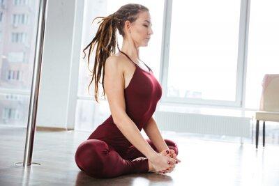 Image Concentré, joli, femme, yoga, studio