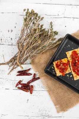 Image Cracker aux poivrons rôtis, piment et origan