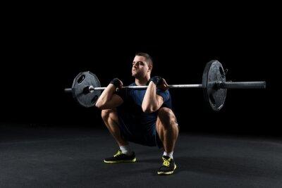 Image Crossfit athlète effectue ascenseur de poids