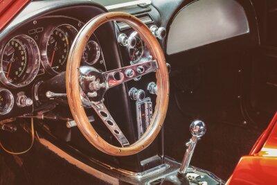 Image Dashboard d'une voiture classique