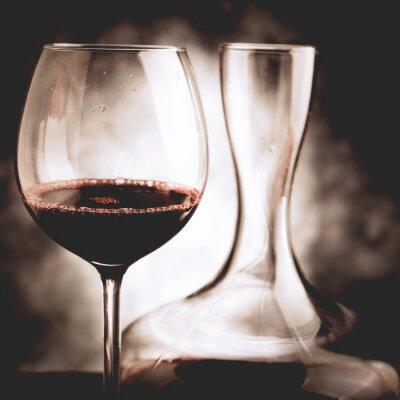Image Dégustation de vin rouge - photo de style vintage