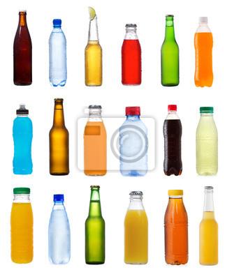 diverses bouteilles sur fond blanc