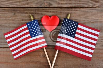 Drapeaux américains et Red Heart