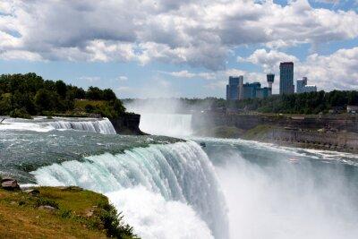 Image DSLR couleur stock image grand angle de Niagara Falls, montrant American Falls et côté canadien; Horizontal, copie, espace, texte