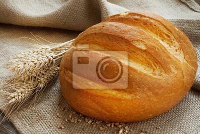 Du pain et des épis de blé fraîche