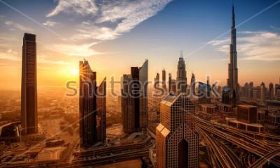 Image Dubaï au lever du soleil