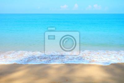Eau de couleur douce à Thaimaung Beach, Phang - Nga, Thaïlande.