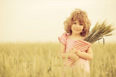 Image Enfant heureux à l'automne