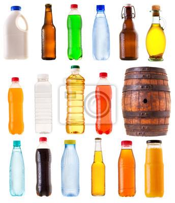 Ensemble de différentes bouteilles sur fond blanc