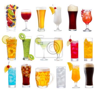 Ensemble de diverses boissons, des cocktails et de la bière