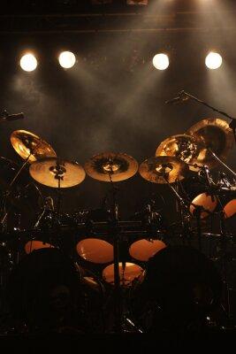 Image Ensemble de tambours sur scène