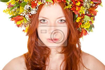 femme aux cheveux rouges portrait de gros plan de visage