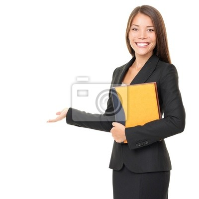 Femme d'affaires montrant l'espace copie blanche