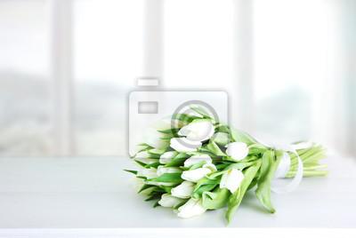 Image Fête des mères, mariage, fond de bouquet de tulipes blanches.
