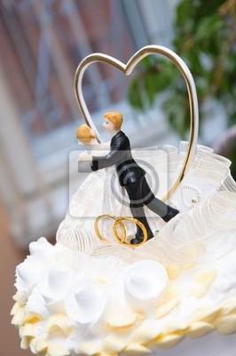 figurine sur un gâteau de mariage