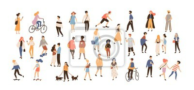 Image Foule de personnes exécutant des activités d'été en plein air - promener des chiens, faire du vélo, faire de la planche à roulettes. Groupe de personnages de dessins animés plats masculins et féminins