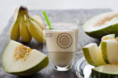 Frais smoothie boisson saine au melon et à la banane