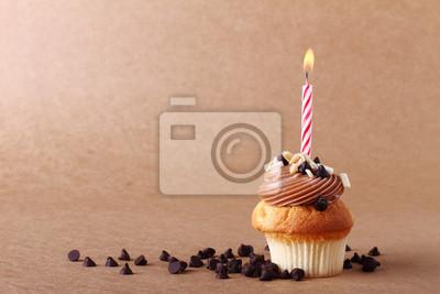 gâteau d'anniversaire avec bougies