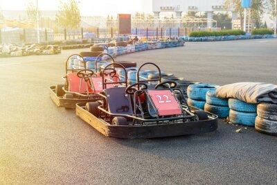 Image Go-kart dans le parc sur piste de karting