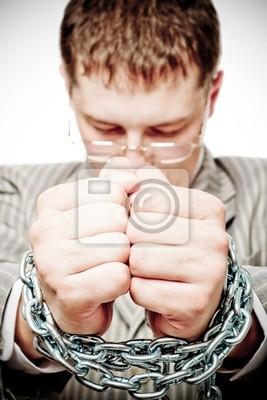 homme d'affaires avec chaîne sur les mains, la photographie conceptuelle