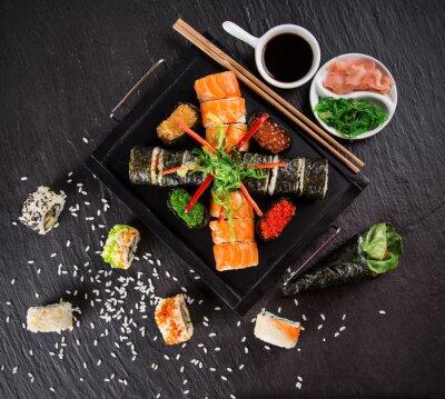 Image Japonaise ensemble des fruits de mer de sushi