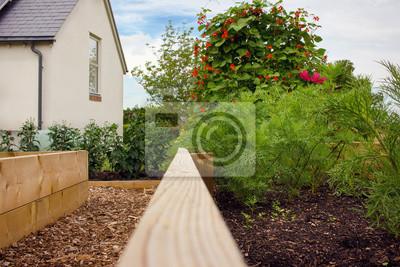 Jardin Rustique Paysagiste Et Jardin De Fleurs Avec Lits Sureleves