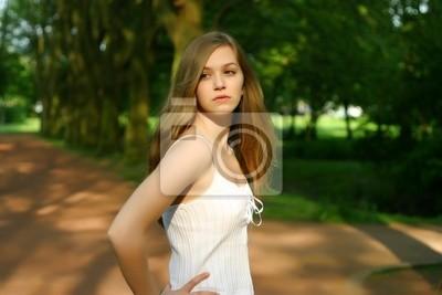 grosse queue noire dans les filles blanches cul