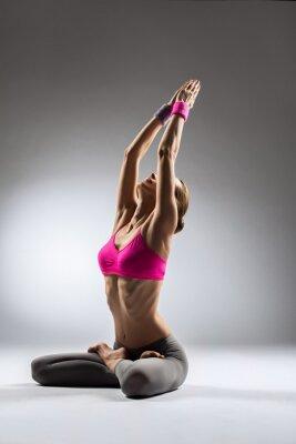 Image la femme de yoga