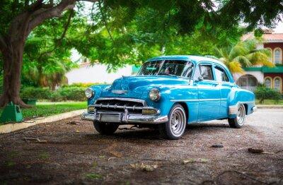 Image La vieille voiture sur Cuba