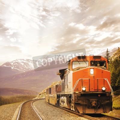 Image Le train de marchandises dans les Rocheuses canadiennes