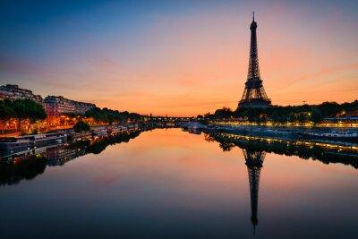 Image Lever de soleil à la tour Eiffel, Paris