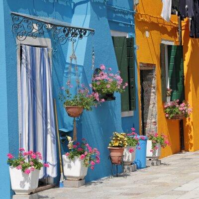 Image maisons vives peints dans le village de Burano, Venise