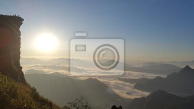 Mer de brouillard Phu Chee Fha, Chiang Rai, Thaïlande