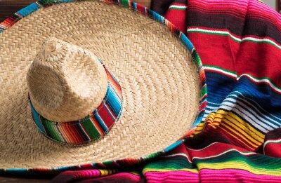 Image Mexicaine Sobrero et Serape couverture sur fond jaune avec flic