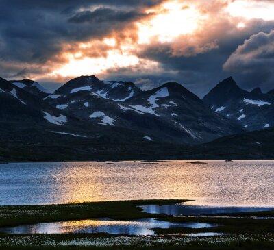 Image Montagnes en Norvège